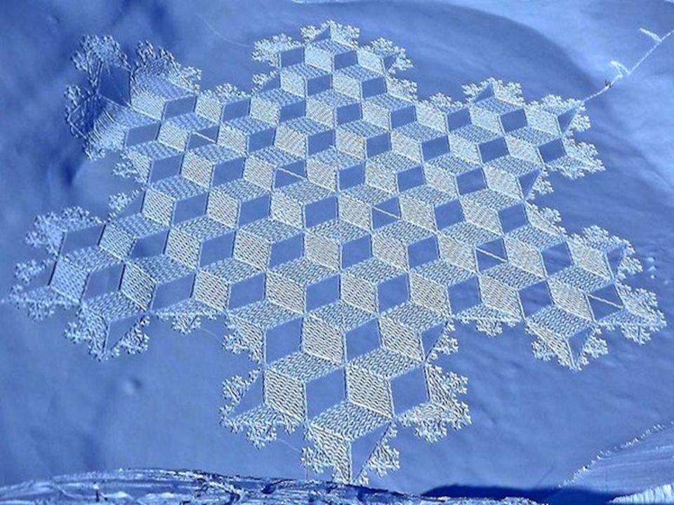 Simon Beck művész igazán szeretheti a hideget.