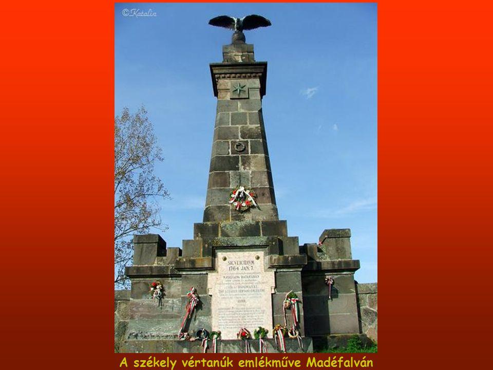 Turulos emlékmű a háborúk áldozatainak emlékére,Csíkbánkfalván