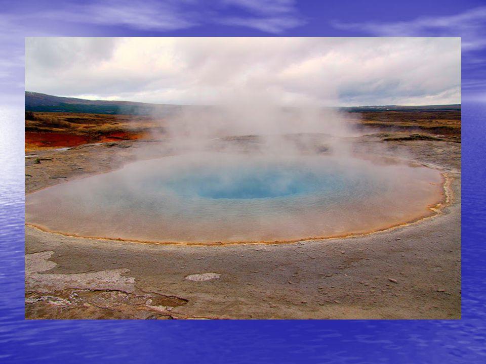 A gejzír övezet, egy nagy kiterjedésű geotermikus mező, ahol kénes szag terjeng a levegőben. A gejzír övezet, egy nagy kiterjedésű geotermikus mező, a
