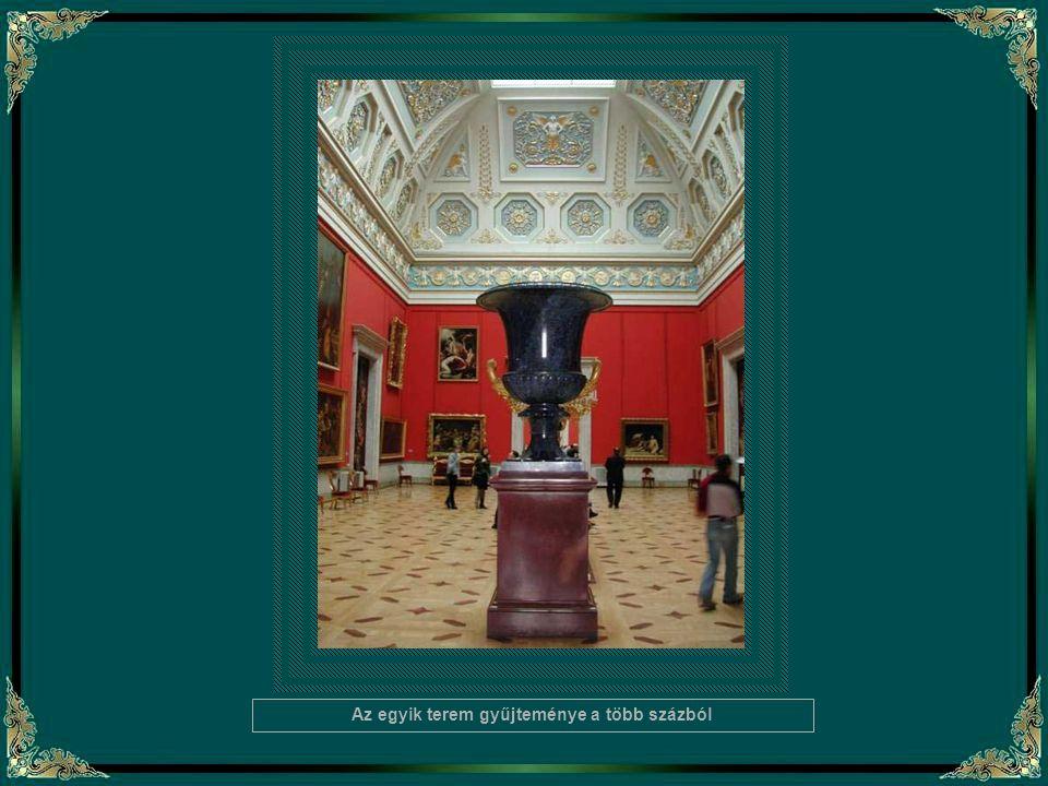 A múzeum gyűjteményét II. (Nagy) Katalin kezdte összeválogatni főként az európai festészet gyöngyszemeiből. Igen értékes és gazdag az olasz reneszánsz