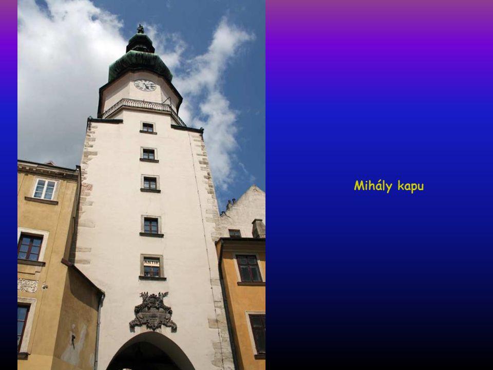 Óváros, Mihály kapu