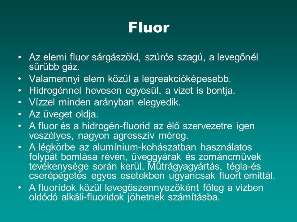Fluor Az elemi fluor sárgászöld, szúrós szagú, a levegőnél sűrűbb gáz. Valamennyi elem közül a legreakcióképesebb. Hidrogénnel hevesen egyesül, a vize