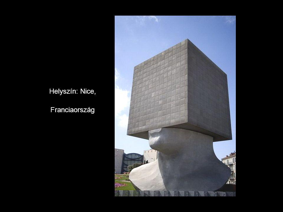 A Magas Bankár. Helyszín: Luxembourg.