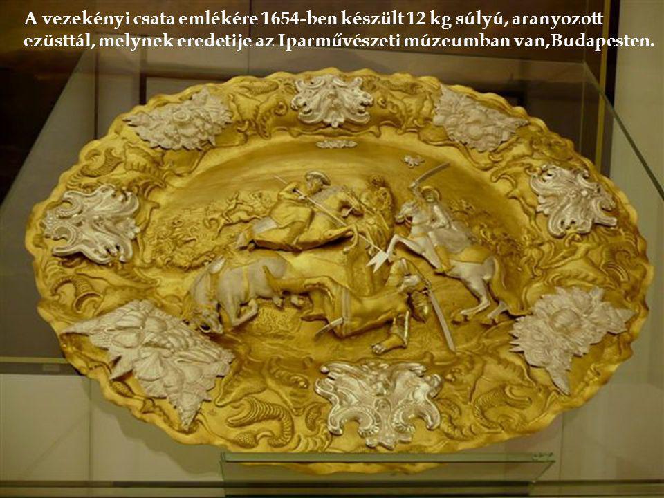 Neptun-kút 1630-ból Égetett aranyozású asztali óra 1670-ből