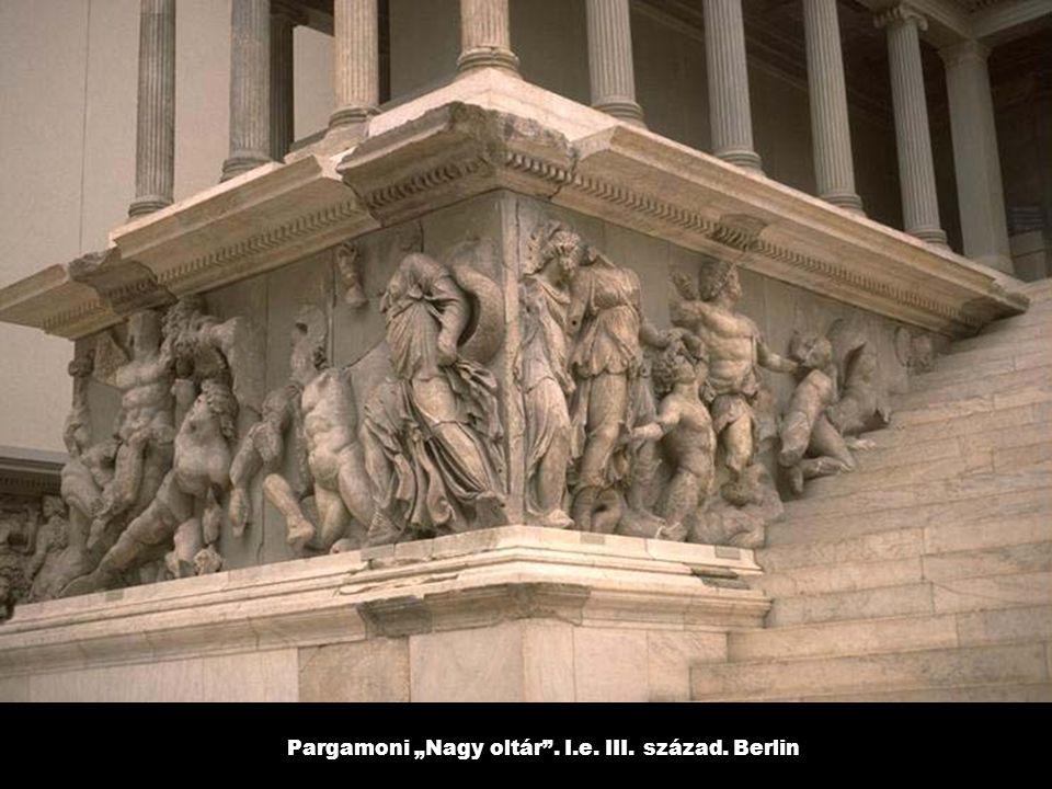 """Pargamoni """"Nagy oltár"""". I.e. III. század. Berlin"""