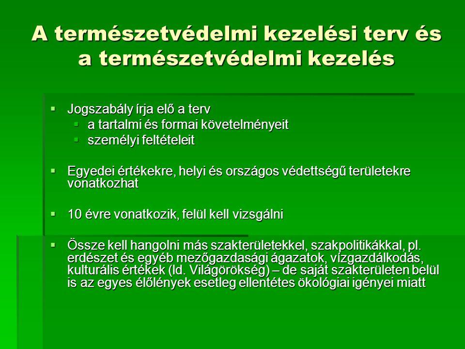 1.Budapest világörökségi helyszínei 2.Hollókő ófalu és táji környezete (1987.