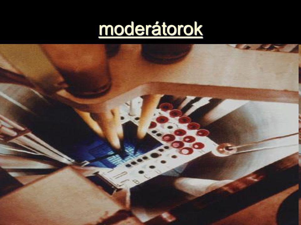 moderátorok