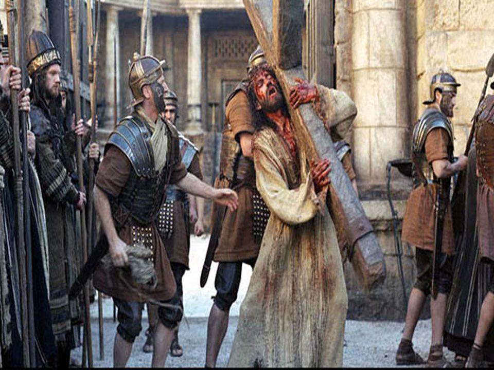 Todo esto sin mencionar la humillación que pasó después de haber cargado su propia cruz por casi dos kilómetros, mientras la multitud le escupía el rostro y le tiraba piedras (la cruz pesaba cerca de 30 kilos, tan solo en la parte superior, en la que le clavaron sus manos).