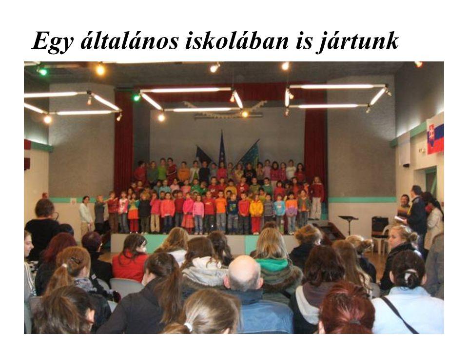 Egy általános iskolában is jártunk