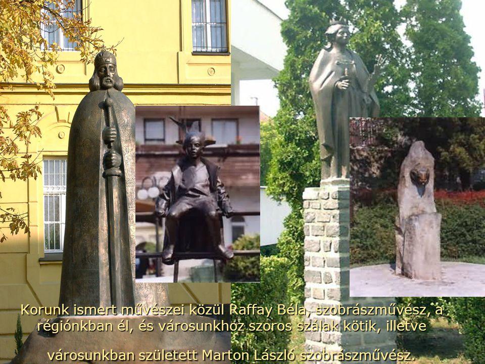 Számos művész (írók, költők, festők stb.) telepedett le Tapolcán és környékén, akik a mai napig itt élnek.