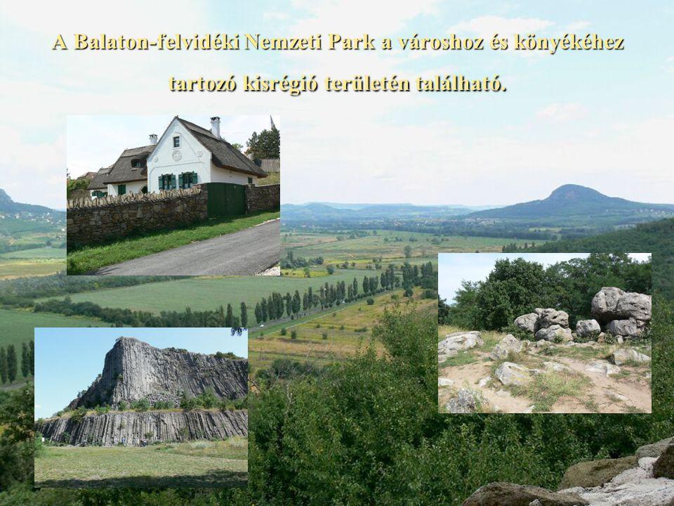 A Balaton-felvidéki Nemzeti Park a városhoz és könyékéhez tartozó kisrégió területén található.