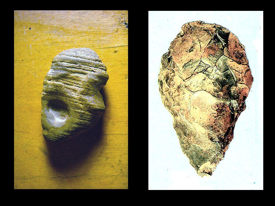 Ősi pattintott kőeszközök