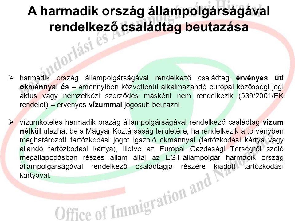 A magyar állampolgár harmadik országbeli családtagjának három hónapot meghaladó tartózkodása  magyar állampolgár családtagja jogosult:  ha a magyar állampolgár keresőtevékenységet folytat,  aki, vagy akire nézve a magyar állampolgár elegendő forrással rendelkezik ahhoz, hogy tartózkodása ne jelentsen indokolatlan terhet a Magyar Köztársaság szociális ellátó rendszerére,  és külön jogszabályban meghatározottak szerint biztosítási jogviszony keretében jogosult az egészségbiztosítási szolgáltatások igénybevételére, vagy azok fedezetéről a jogszabályok szerint maga gondoskodik.