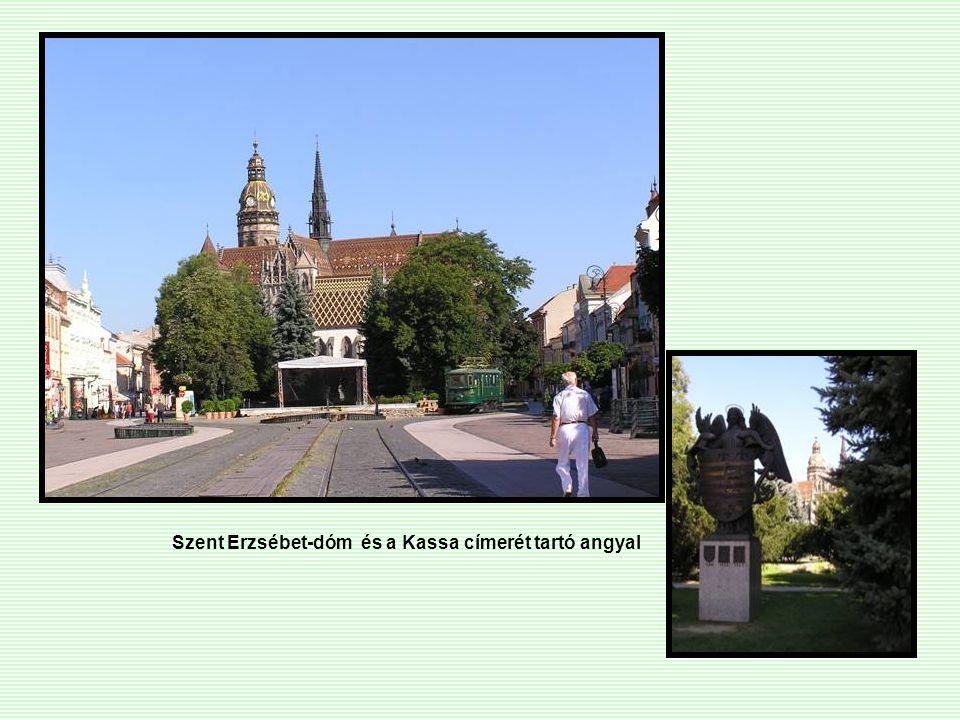 Szent Erzsébet-dóm és a Kassa címerét tartó angyal