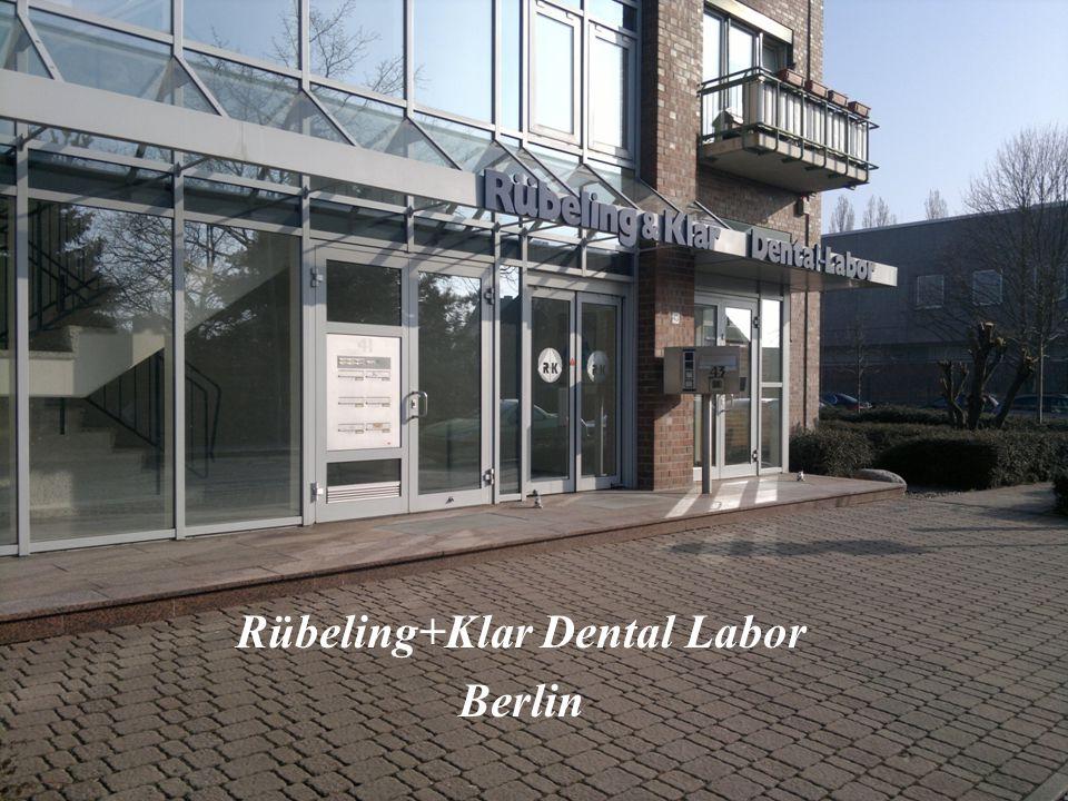 A program által 2hónapot töltöttem a Rübeling+Klar Dental Laborban, Berlinben.
