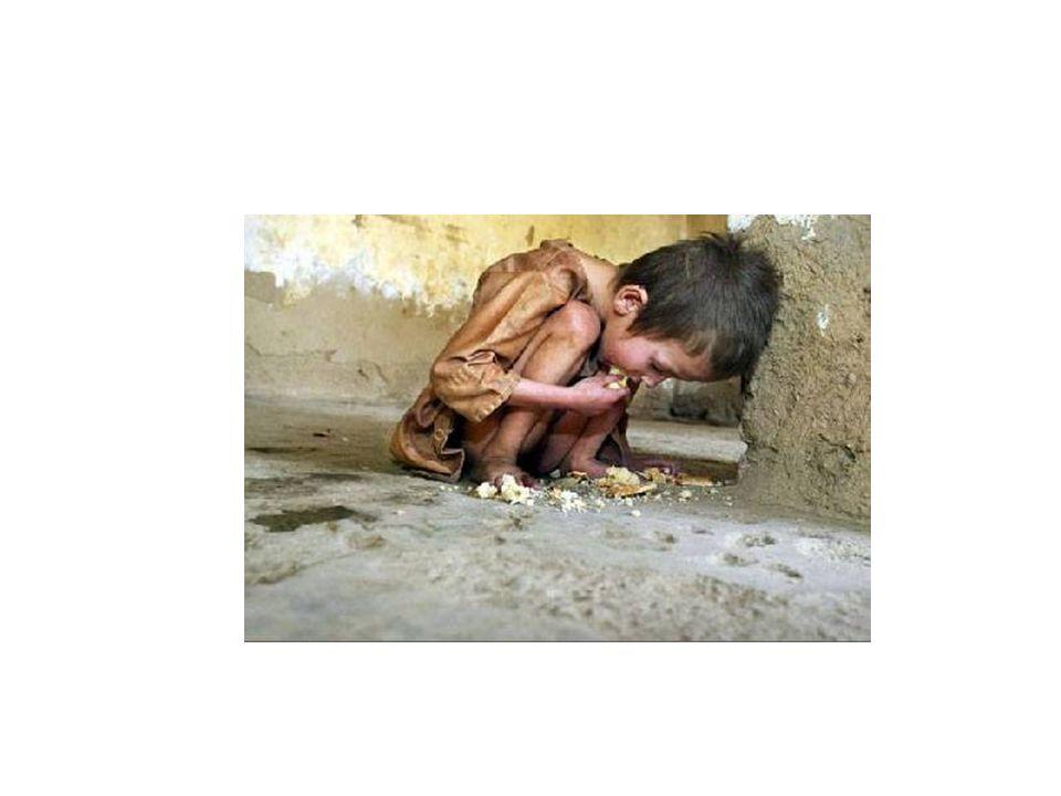 Millenniumi Fejlesztési Célok 1.Véget vetnek a súlyos szegénységnek és éhínségnek A napi egy dollárnál kevesebből élők arányát felére csökkentik Az éhínségtől szenvedők arányát felére csökkentik 2.
