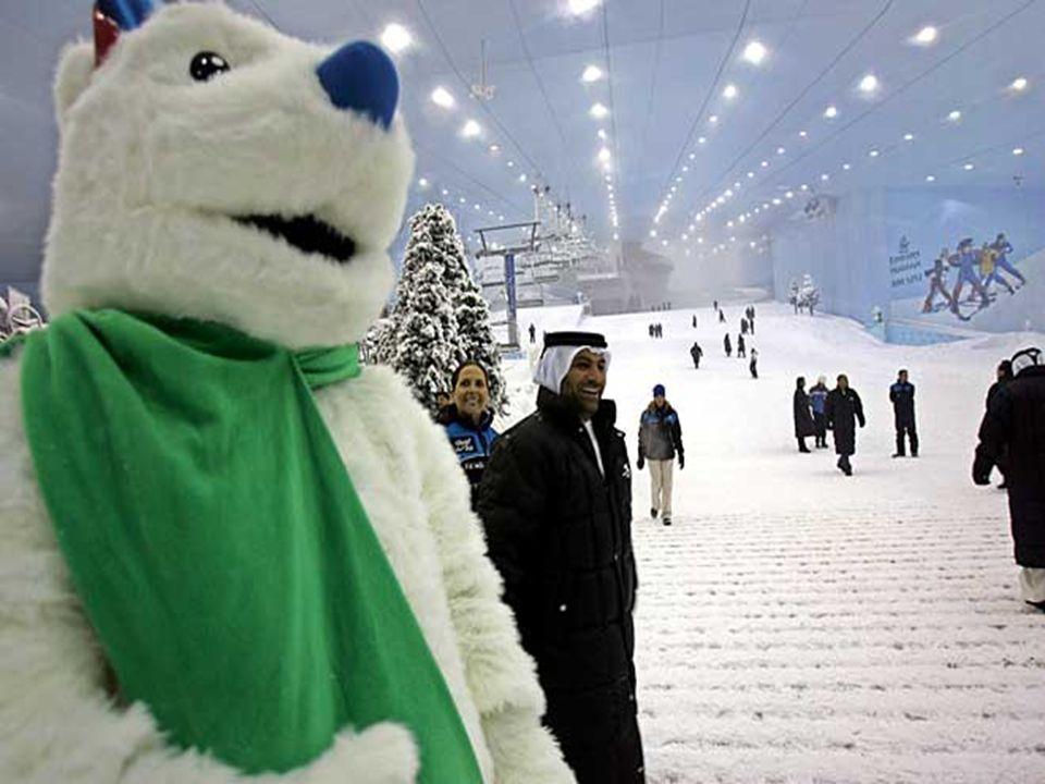 És pillantás a belső téli szezonra . Síelhet, miközben odakint 45º van... Igen, ez is Dubai