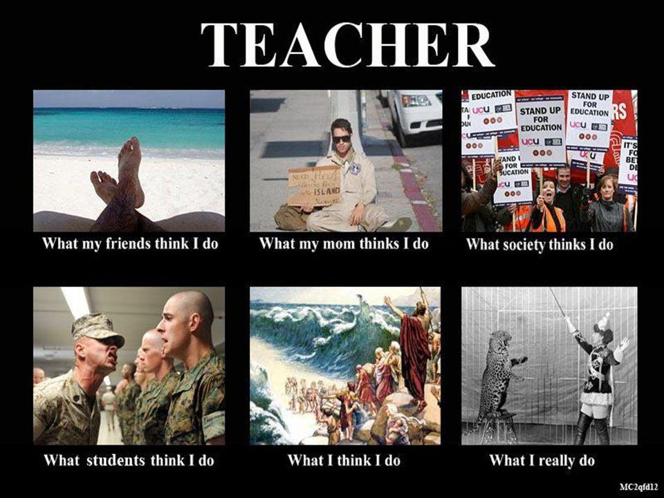 Egy tanári szobában valahol Magyarországon.