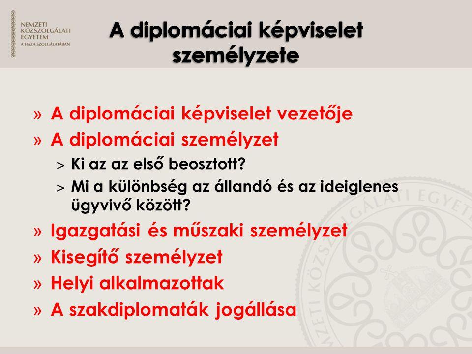 » A diplomáciai képviselet vezetője » A diplomáciai személyzet ˃ Ki az az első beosztott? ˃ Mi a különbség az állandó és az ideiglenes ügyvivő között?
