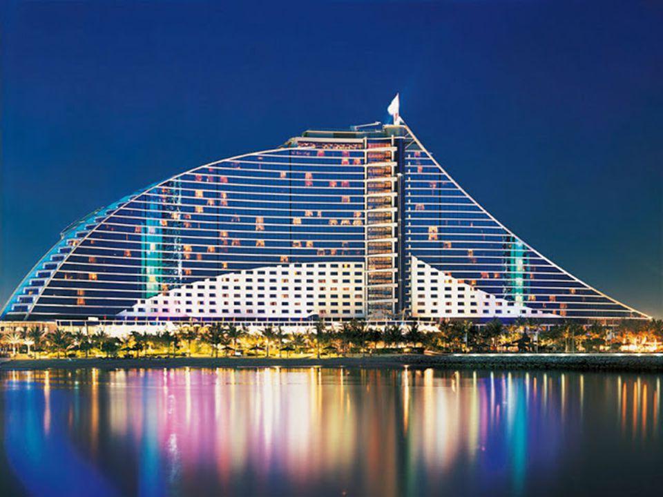 Egy kis ízelítő a belső kialakításból Jumeirah, Dubai luxus negyede, sok híre szálloda és különleges építmény található itt. Néhányat bemutatok közülü