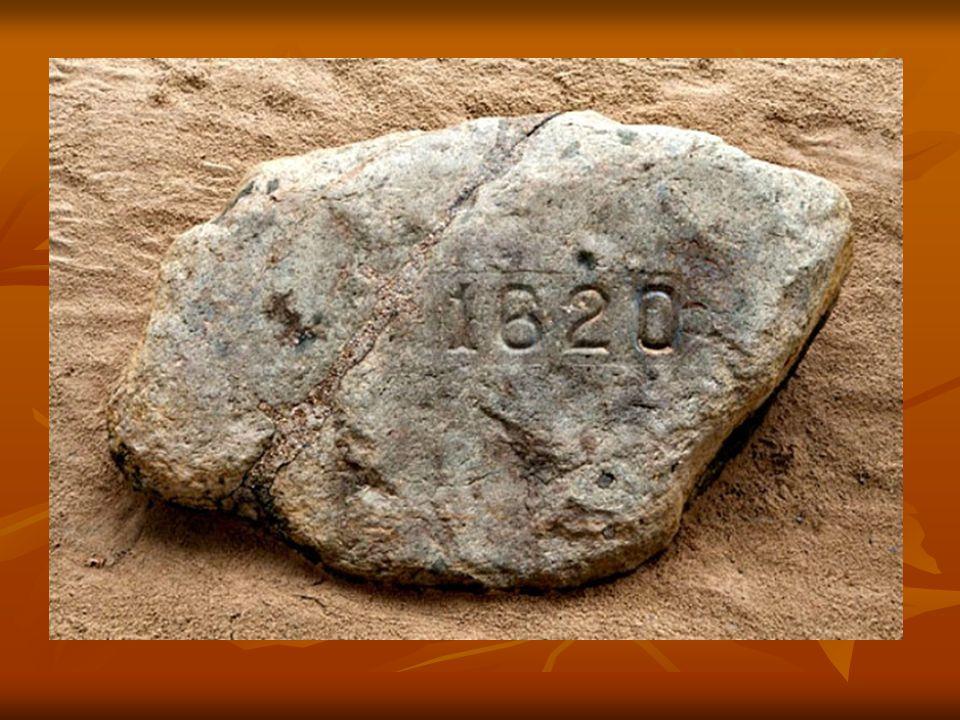"""Ma egy emlékhelyen látható a kő, ahol kikötöttek az első telepesek, ez a """"Plymouth Rock"""". Ma egy emlékhelyen látható a kő, ahol kikötöttek az első tel"""