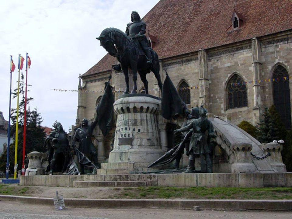 Kolozsvár: A város már az ókorban is lakott település volt, helyén egykor római erődítmény állt, Napoca néven. Később, a középkorban Erdély kulturális