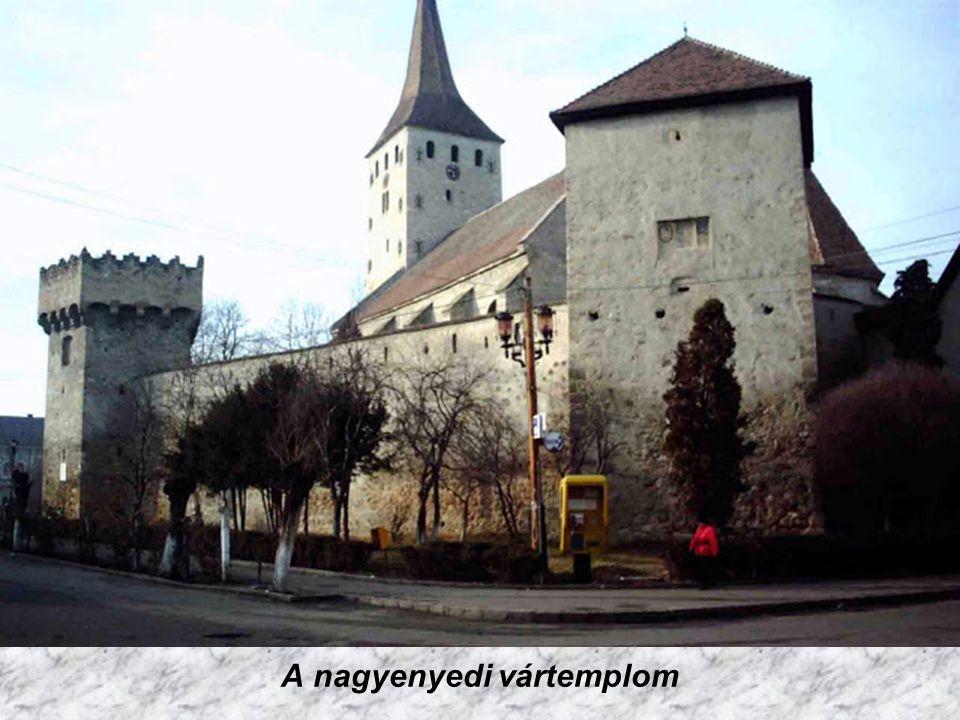 Nagyenyed helyén már a kelták idejében is település állt. Nagyhírű református kollégiumát 1622-ben Bethlen Gábor alapította. A Rákóczi-szabadságharc k