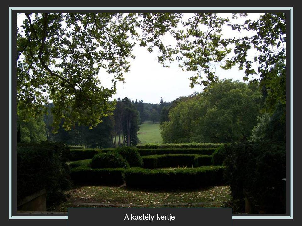 A kastély kertje