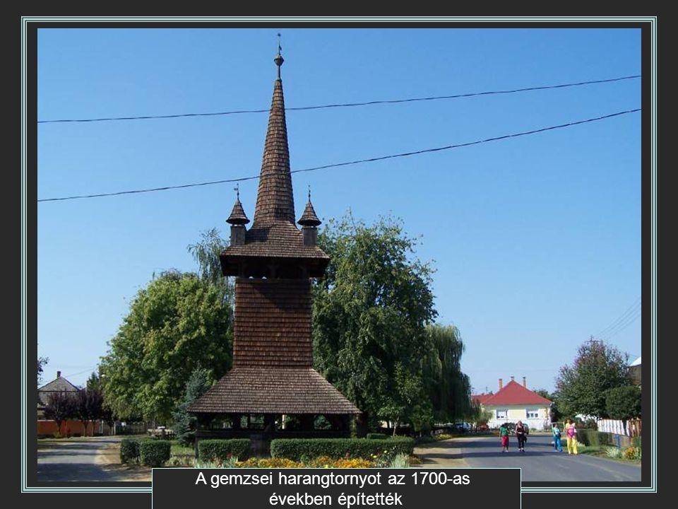 A gemzsei harangtornyot az 1700-as években építették