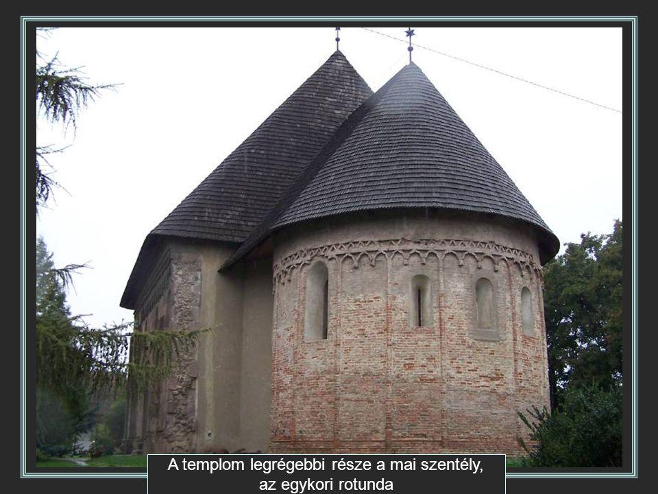 A templom legrégebbi része a mai szentély, az egykori rotunda