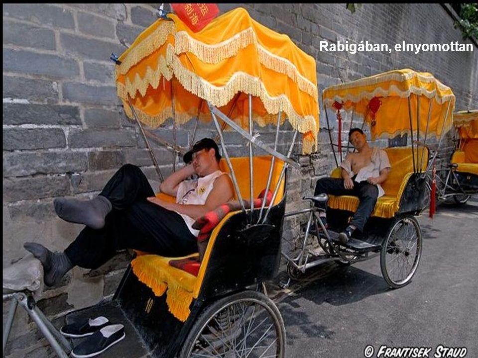 Kína ötezer éves, meg hatvan is.